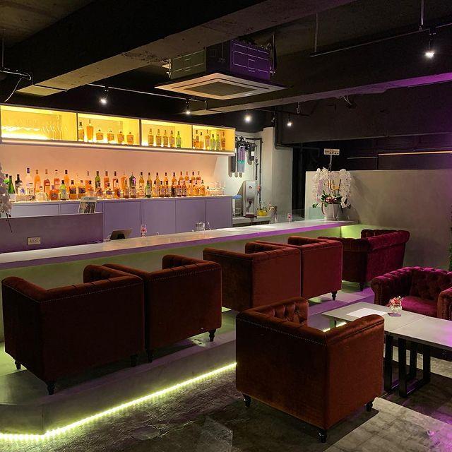 神保町-Music-Lounge-BOURGIE店内の画像