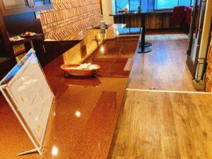 Cafe & Bar Gaitomoの店内2